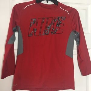 Boys small Nike shirt long sleeve